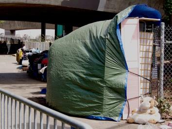 Tent City, San Francisco 48